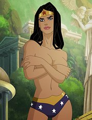 Wonder Woman poses topless